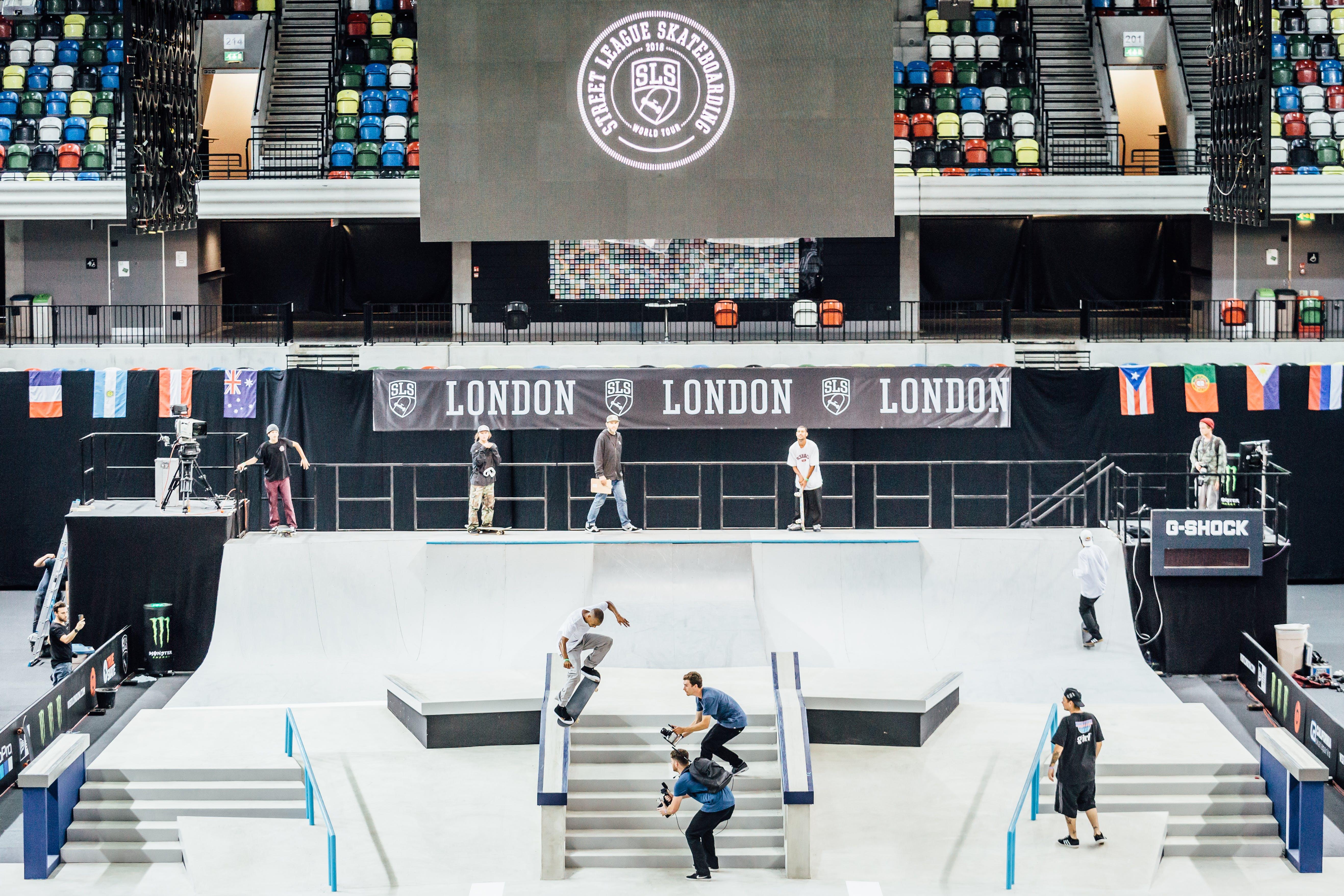 Tommy Fynn KickFlip Krooked grinds SLS London